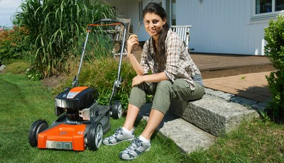 Lawnmower maintenance